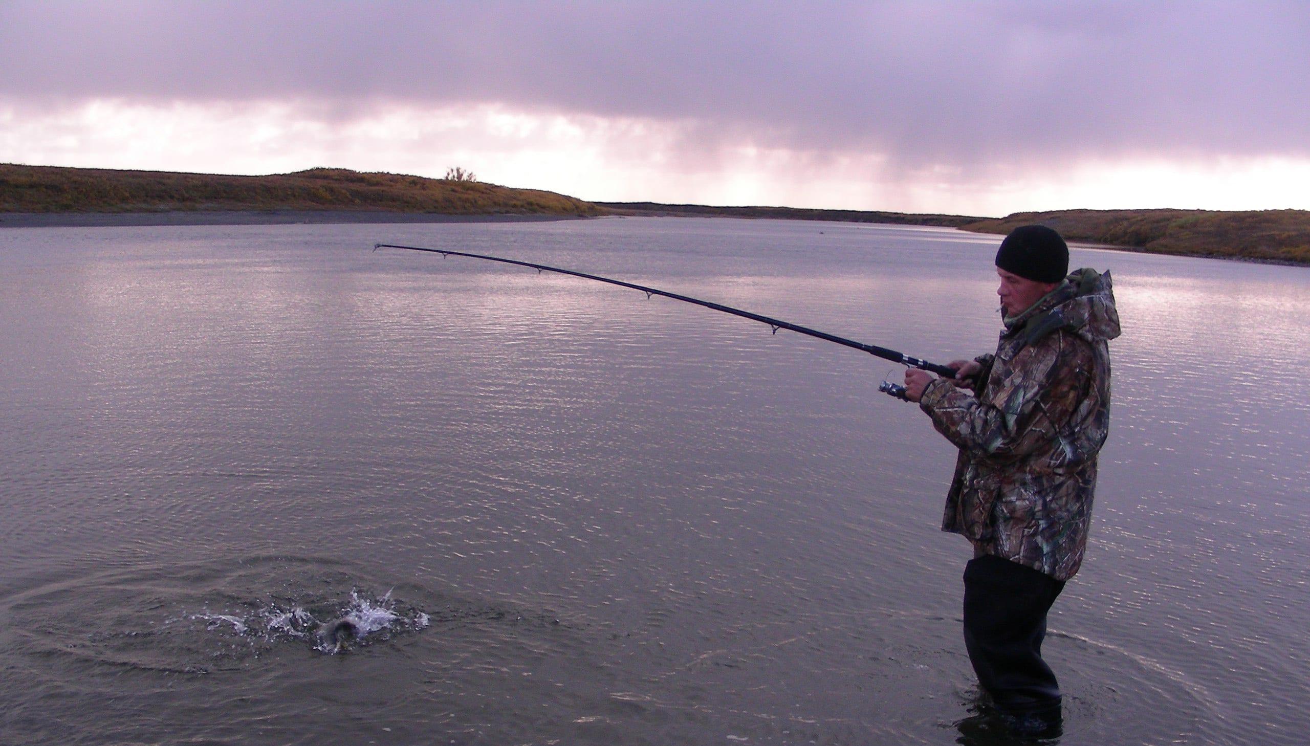 летняя рыбалка в заполярье подруги